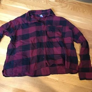 Black and red cropped flannel shirt